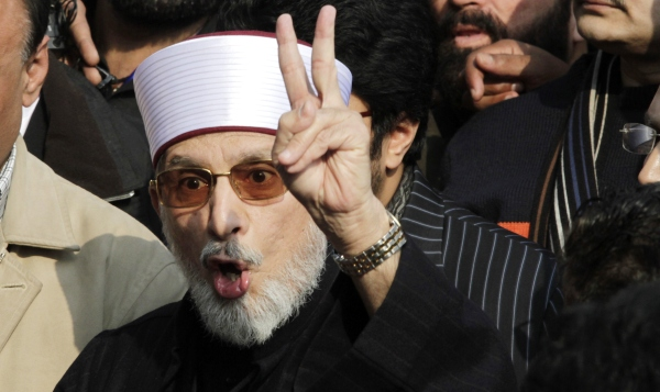 Tahirul-Qadri-Long-march-2013